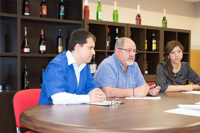 Entrevista a José Luís Iváñez, Miguel Iváñez y Pamela Madrigal de Adhesivas IBI