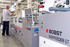 Lucaprint Group undergoes a radical change: new 700 m/min BOBST folder-gluer meets the customer's needs faster