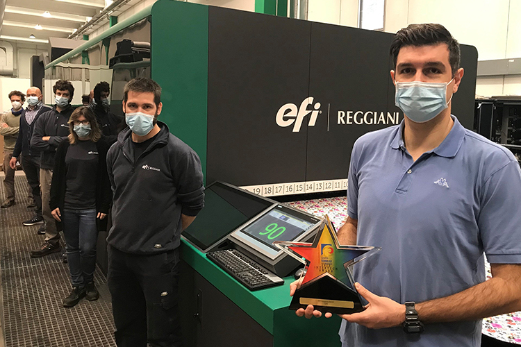 Productividad digital sin igual: la impresora textil EFI Reggiani BOLT ha recibido el premio InterTech Technology Award