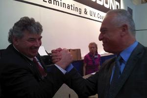 Éxito de ventas en drupa 2012 para Autobond