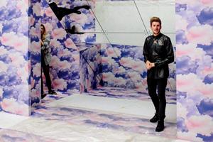 Henry Holland marca tendencia en la pasarela  London Fashion Week gracias a una impresora Canon de gran formato