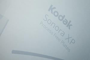Kodak amplía la fabricación de las planchas SONORA para satisfacer la demanda mundial