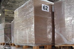 La industria debate sobre el reciclaje del papel antiadherente de las etiquetas