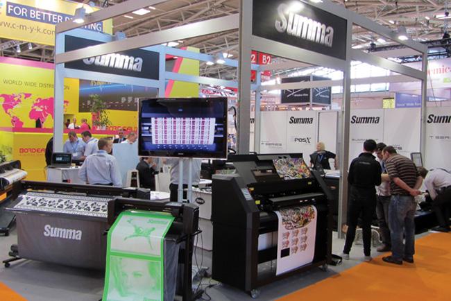 Summa: Conquistando el mundo digital con productos de acabado de alta calidad