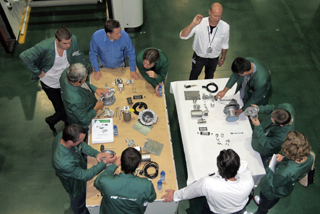 El Centro Tecnológico Manel Xifra Boada forma a 20 nuevos profesionales en laminación y mantenimiento