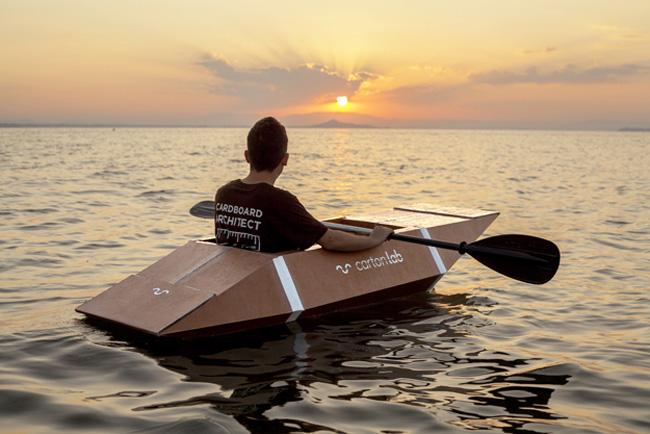 Kayak de cartón con CartónLAB