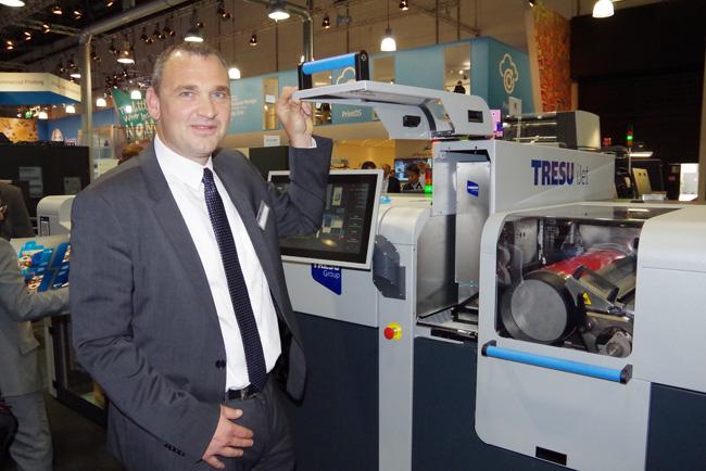 La nueva impresora inkjet iJet de TRESU mejora la flexibilidad del flujo de trabajo de impresión digital para cartón plegable
