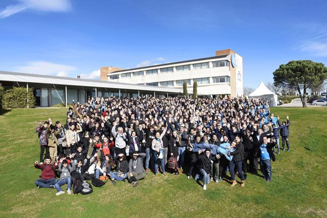 HP acerca las vocaciones científico-tecnológicas a más de 300 jóvenes en la competición HP CodeWars