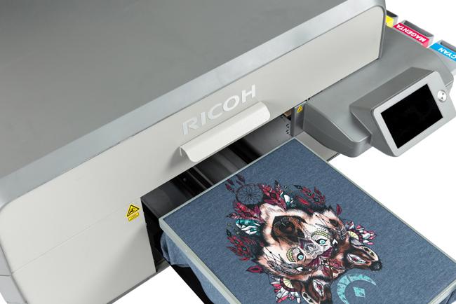 Ricoh presenta dos nuevas impresoras directo a prenda