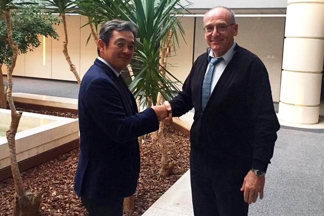Grupo Autajon y Miyakoshi Europe establecen un acuerdo global de colaboración para el mercado de etiquetas