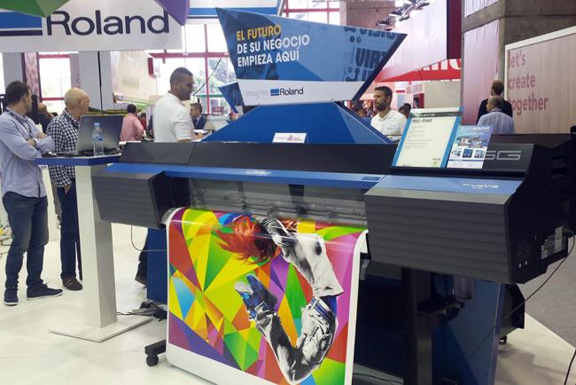 El futuro de la impresión digital llega a C!Print Madrid 2017 de la mano de Roland DG