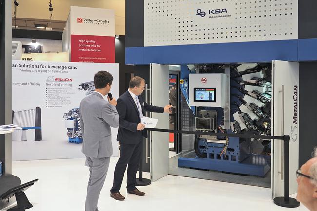 KBA crece en los mercados de servicios, así como de impresión digital y envases