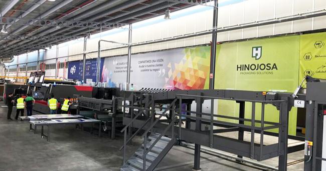Hinojosa impulsa la producción digital de envases con la calidad, capacidad de producción y productividad de la impresora inkjet EFI Nozomi C18000 LED