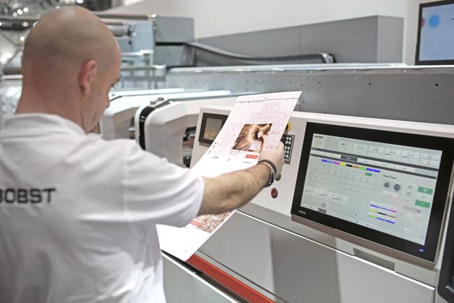 BOBST brilla en la Labelexpo 2017 como el socio más destacado en soluciones para las industrias de la etiqueta y el embalaje