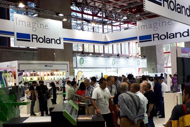Roland DG Iberia presentó en C!Print Madrid 2017 la última tecnología de impresión para nuevos mercados emergentes