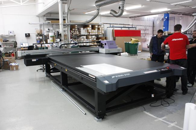 Real Print mejora rendimiento y calidad a un precio asequible con la impresora Mimaki JFX500-2131