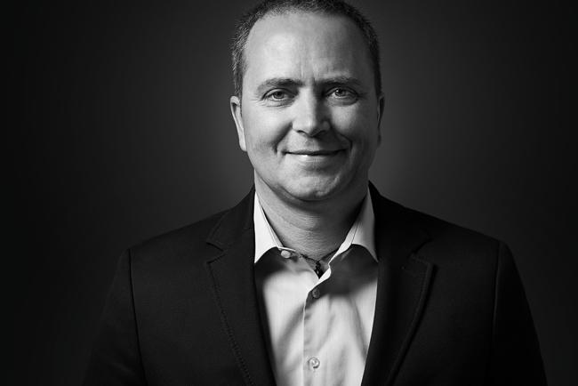 Mouvent nombra director de negocio al antiguo director general de Graph-Tech Reto Simmen