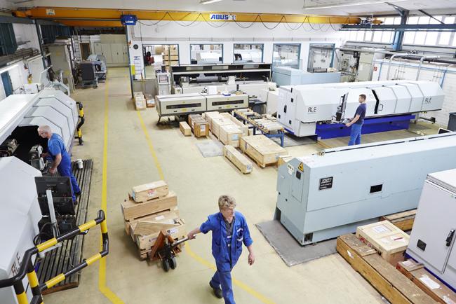 Zecher invierte en sistemas de grabado láser