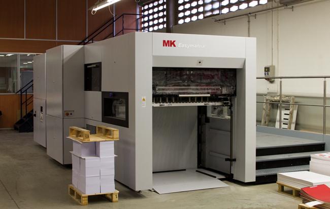 Anfigraf adquiere una nueva troqueladora MK Easymatrix 106