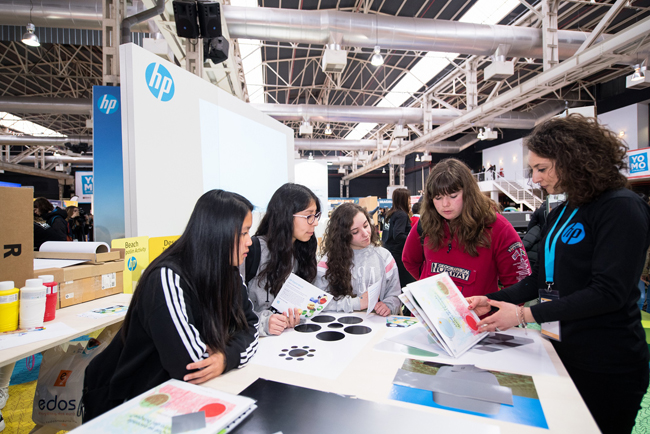 HP acerca la tecnología de impresión 3D y la realidad virtual a más de 15.000 adolescentes