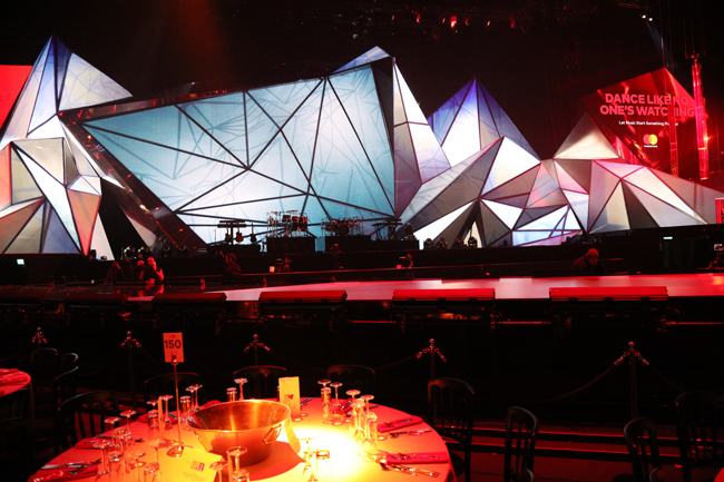 """Los revestimientos decorativos de 3M también """"brillaron"""" en los BRIT Awards 2018"""