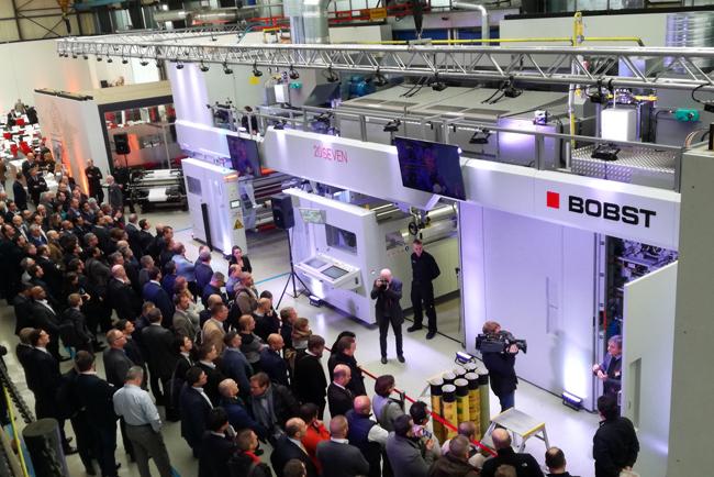 La nueva impresora flexográfica 20SEVEN de BOBST pretende liderar la revolución de la impresión ECG