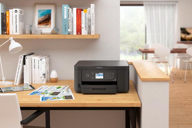 Epson adapta su nueva gama de impresoras pensando en las pymes y autónomos, equilibrando estética y funcionalidad