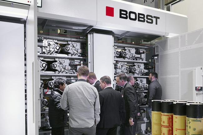 La nueva impresora flexo de tambor central 20SEVEN CI de BOBST y la tecnología ECG son el motor del cambio en la industria del envase flexible