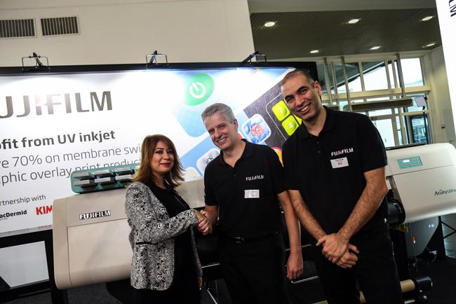 Un impresor industrial turco adquiere la impresora Acuity LED 1600 número mil de Fujifilm