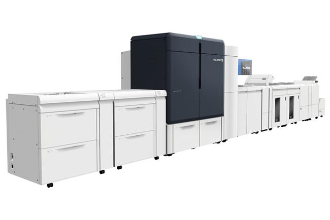 Xerox Iridesse abre innovadoras oportunidades de negocio con impresiones digitales en colores metalizados y acabados en línea