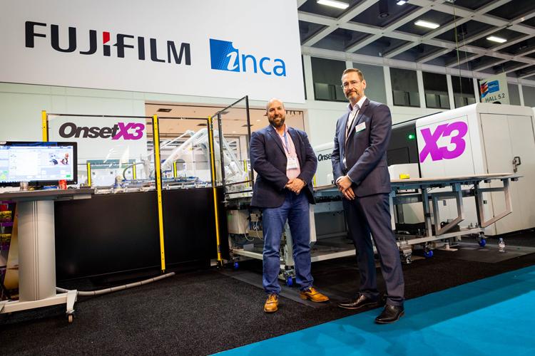 Un impresor británico para el punto de venta decide incrementar la automatización con la adquisición de la Onset X3 y un brazo robótico totalmente automático