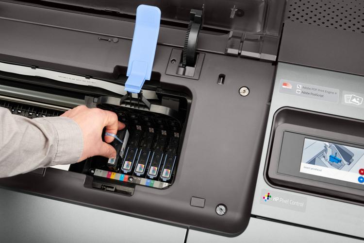 HP lanza la última generación de impresoras fotográficas de gran formato