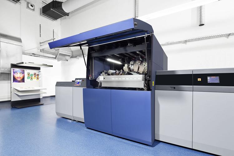 Totem se posiciona en el mercado editorial con la AccurioJet KM-1 de Konica Minolta