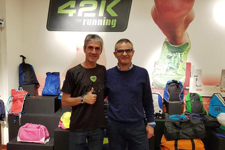 42k running, deportistas creando tendencia en la producción de Textil técnico con Roland DG