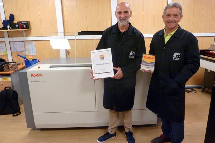 Adhesivos Orcajada obtiene la Certificación de Calidad otorgada por Kodak