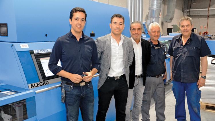 Gómez Aparicio instala una encuadernadora Müller Martini Alegro