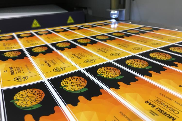 La Tau 330 RSC se consolida como el nuevo estándar inkjet, en calidad, para el sector de las etiquetas en All4Pack