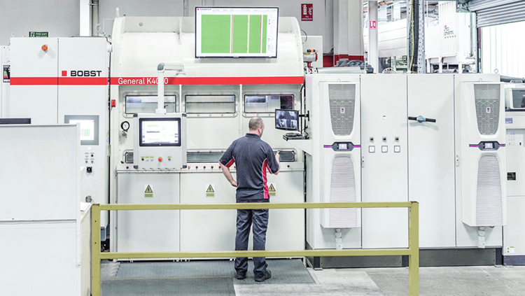 IG Design Group UK Ltd ya cuenta con una BOBST K4000 con Hawkey