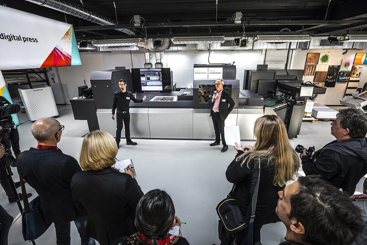Fujifilm demuestra en directo las posibilidades de expansión del negocio que brinda la nueva Jet Press 750S