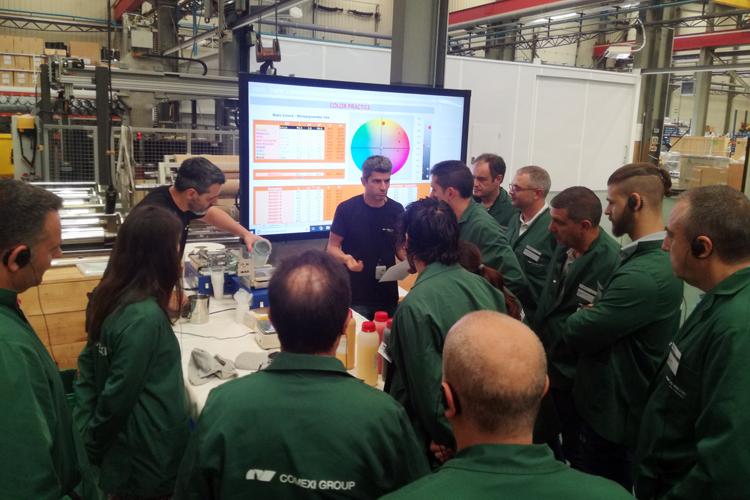 Aumenta la especialización en los servicios de alto valor añadido realizados en el Centro Tecnológico de Comexi