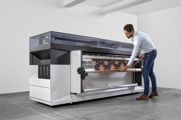 Canon amplía su familia de impresoras de gran formato con la nueva Océ Colorado 1650 que ofrece mayor flexibilidad