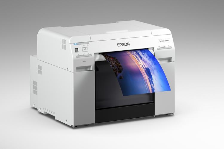Epson anuncia una impresora fotográfica comercial compacta que admite una amplia gama de formatos