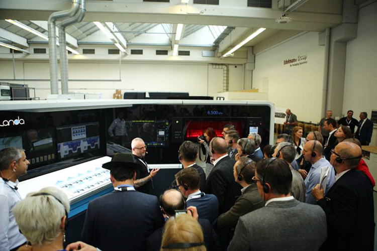 Edelmann Group anuncia que Nanographic Printing® Press de Landa S10 está ya en producción comercial
