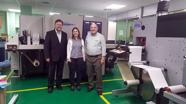 Syseam mejora la operativa y la oferta de etiquetas con la primera SCREEN Truepress JET L350UV+LM en España