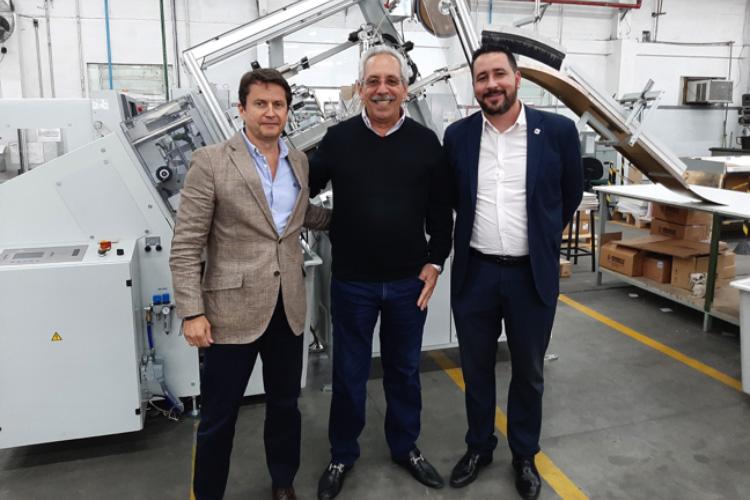 El impresor de embalajes de Brasil, Congraf, ha invertido recientemente en un Sistema de troquelado automático DC-11