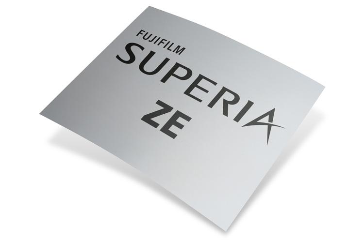Las planchas sin procesado dan un paso adelante con la nueva Superia ZE de Fujifilm