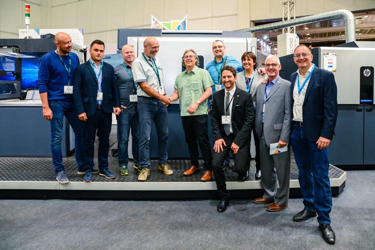 LabelProfi firma la prensa digital HP Indigo 20000 para ampliar el negocio de envases flexibles